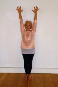 YHLB Yoga Standing